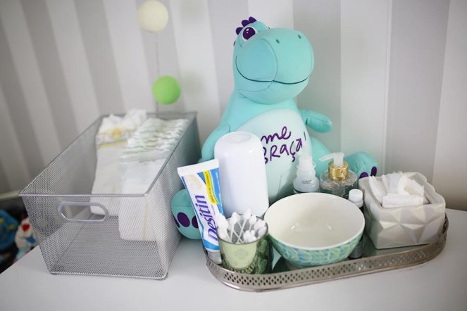 decoracao-quarto-do-bebe-justlia-dinossauros-fernando (14)