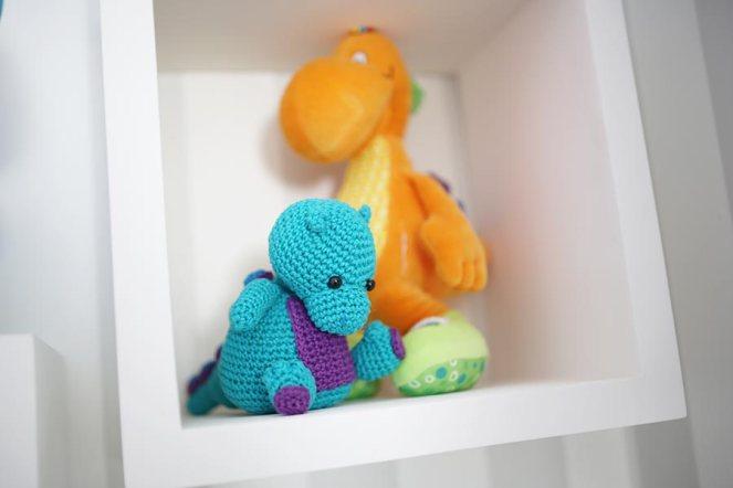 decoracao-quarto-do-bebe-justlia-dinossauros-fernando (17)