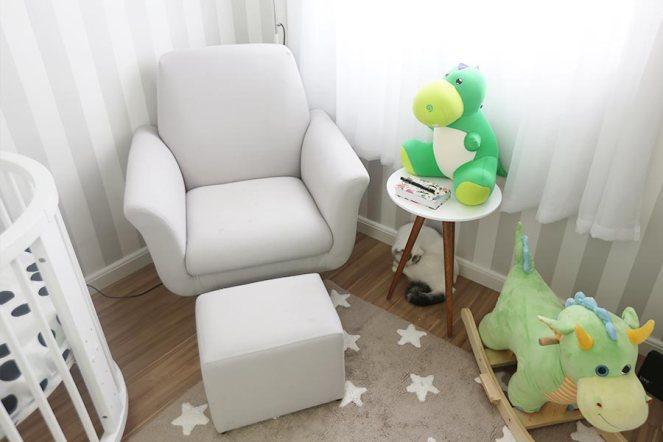 decoracao-quarto-do-bebe-justlia-dinossauros-fernando (20)